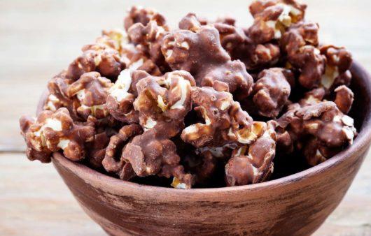 Receita de pipoca de chocolate