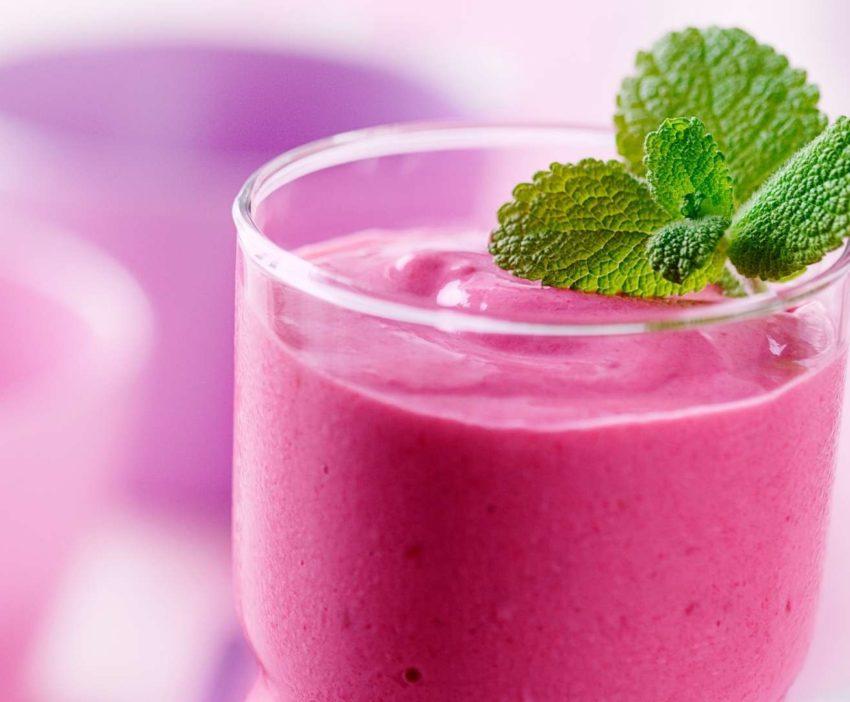 Receita de Shake de Castanha o Pará com Goiabada e Frutas Vermelhas