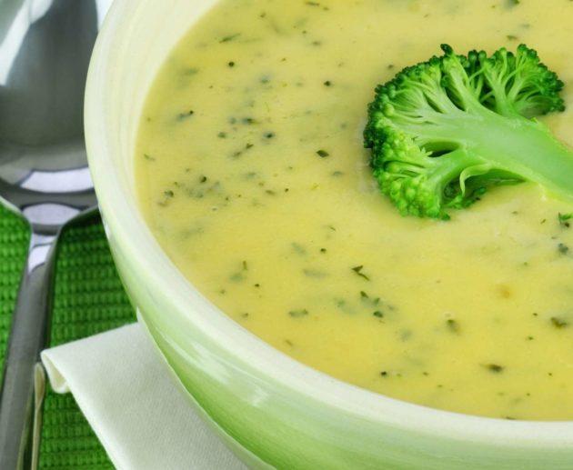 Receita de Sopa de Inhame com Brócolis